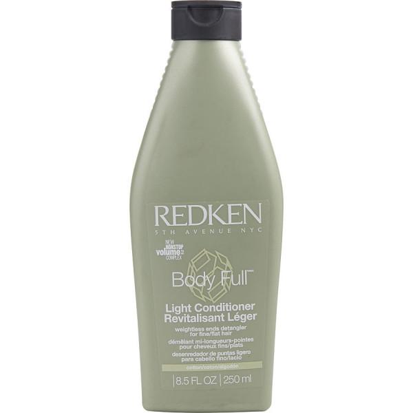 Body Full Light Conditioner - Redken Soin 250 ML. Cette nouvelle formule apporte du corps aux cheveux fins, pour des cheveux plus épais, doux et légers à la fois.